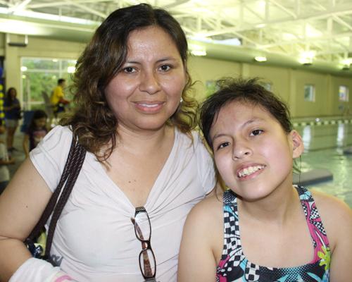 Clotilde Aguirre y su hija Paola