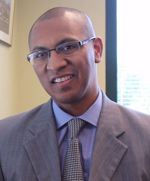 Víctor Ramírez, cónsul de Guatemala