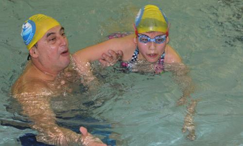 Helmut Levy en el entrenamiento con Paola, una de sus alumnas
