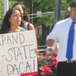 Gobernadores de Connecticut y Delaware ofrecen becas a estudiantes indocumentados de Georgia