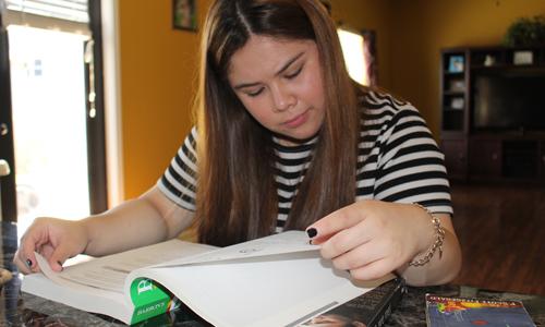 Karen Baltazar no se da por vencida, aunque a veces sabía que ir a la universidad iba a serle un poco difícil