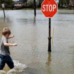 Con su plan de jubilación puede hacer préstamos de emergencia para víctimas de inundaciones en Louisiana