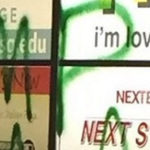 Vandalizan con mensajes racistas escuela de Gwinnett