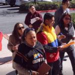 Colombianos rechazan exagerados impuestos de timbre