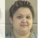 La arrestan por supuestamente presentar impuestos fraudulentos