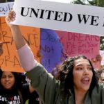 Juez ordena retaurar DACA nuevamente